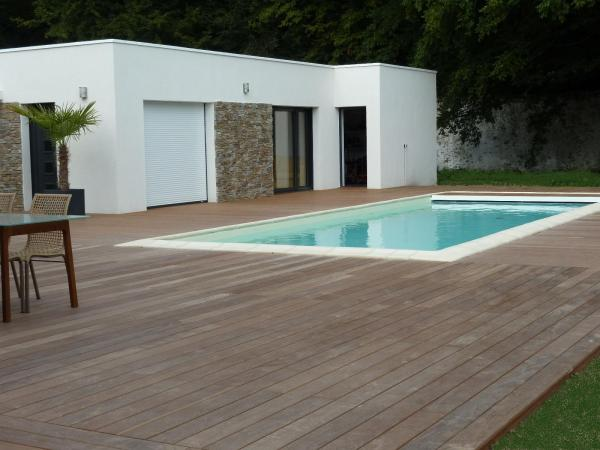 terrasse en bois posée a Nantes